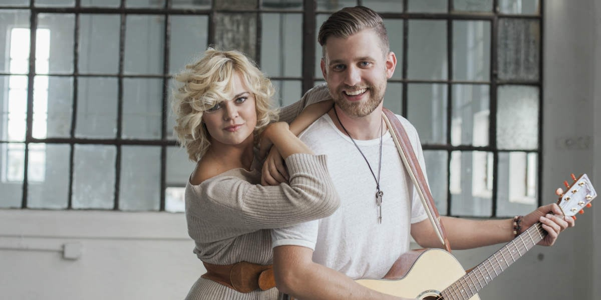 Canadian Country Duo Leaving Thomas