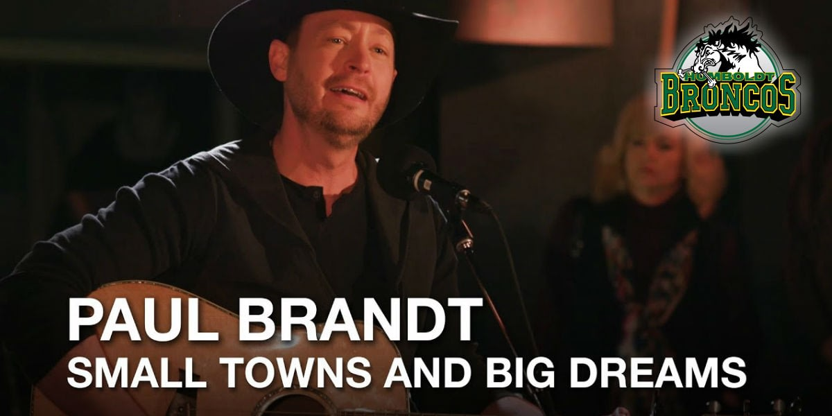 Paul Brandt shows support for Humboldt Broncos
