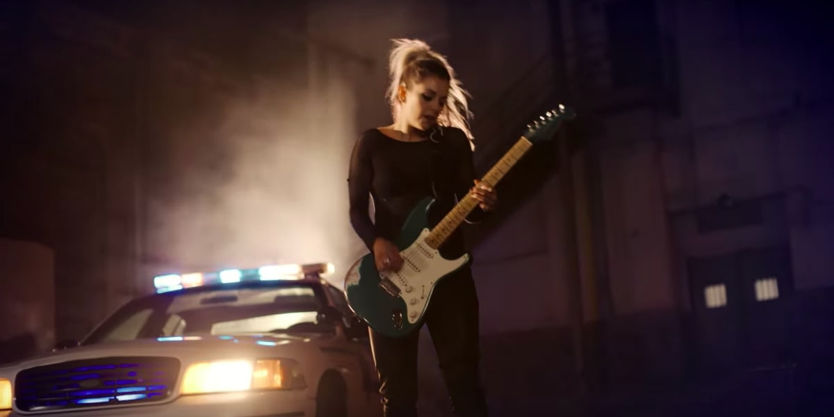 Lindsay Ell hits number on the Country music charts
