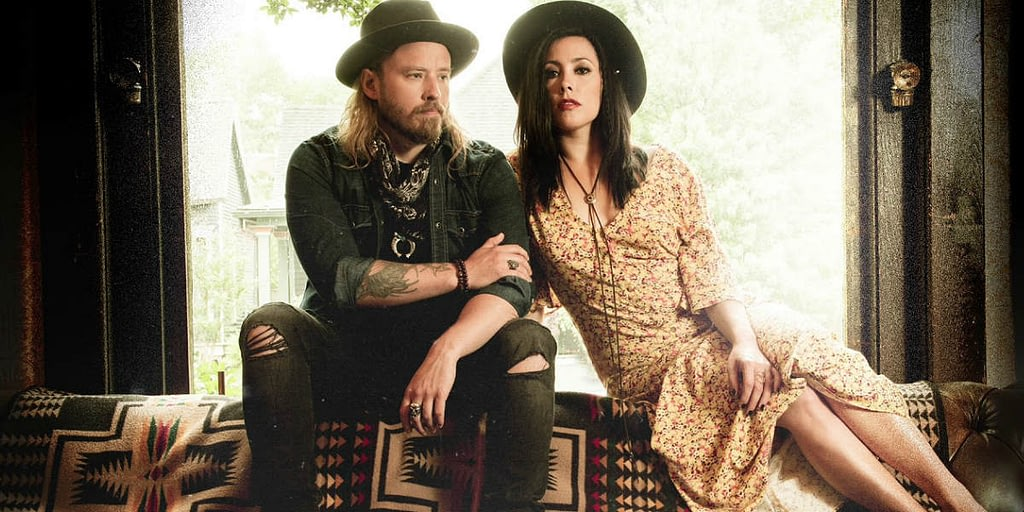 Canadian country duo Sons of Daughters